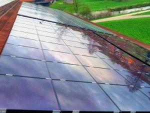 PV-Anlage in Kitzingen gereinigt